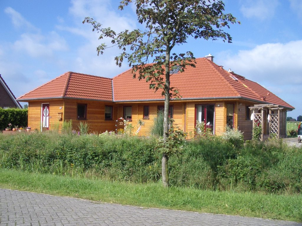 Holzhaus 575.